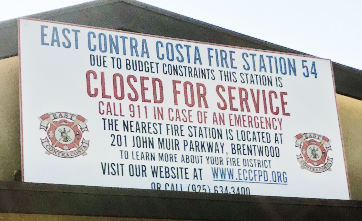 Closed Brentwood fire station sign b